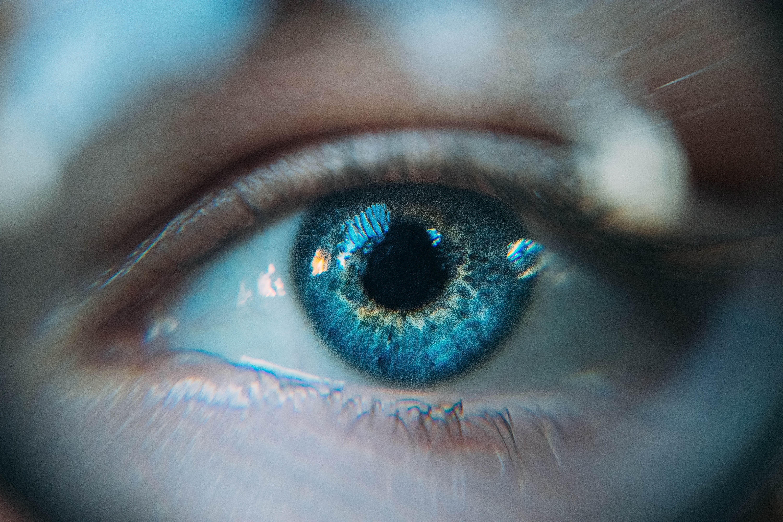 Se connecter dans le regard de l'autre et y trouver une partie de soi... intuition... connection... vérité.