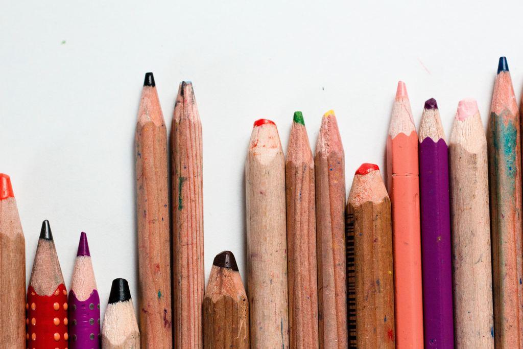 A l'école, le stress peut être sournois et ne jamais se remarquer tant les enfants sont nombreux et durs entre eux. Observez vos enfants et envloppez-les de votre amour avec écoute active et bienveillance. Stéphanie Guiberteau vous propose de vous y aider grâce à la sophrologie psycho-comportementale. RdV sur Doctolib.fr